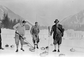 British team in action in 1924 games in Chamonix.